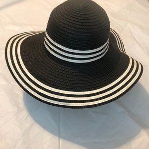 Accessories - 🍒Just Added🍒 Sun Hat